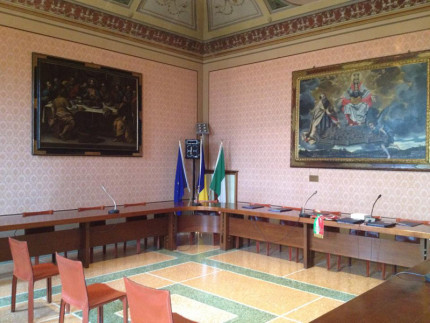 Consiglio comunale, sala consiliare di Ostra