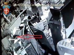 Furto al bar del Vallone di Senigalli, ripreso dalle videocamere