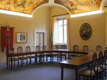 L'aula consiliare a Serra de' Conti