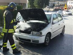Incendio auto ad Arcevia