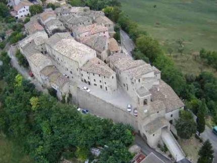 Uno dei castelli di Arcevia: Castiglioni