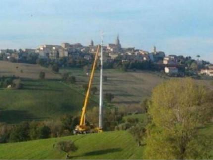 Antenna telefonia a Castellaro di Ostra Vetere
