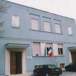 La scuola Menchetti di Ostra, in viale Matteotti