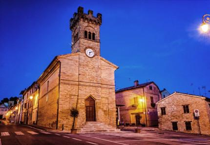 La chiesa ristrutturata di s. Antonio Abate a Castelleone di Suasa