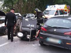 Incidente a Serra de'Conti tra due auto e un motocarro