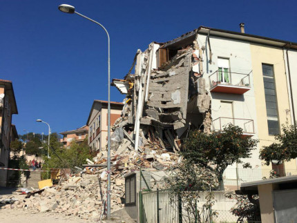 Crolli a Tolentino dopo il terremoto del 30 ottobre 2016