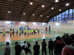 I saluti iniziali prima del match tra Corinaldo calcio a 5 e Cus Ancona
