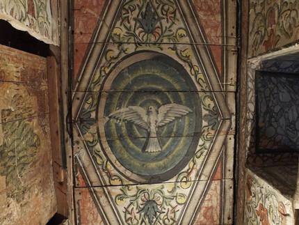 Una parte del soffitto della Chiesa di Sant'Antonio al Borgo, a Ostra Vetere