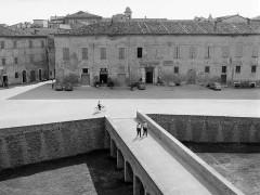 Vittorio Piergiovanni: piazza del Duca a Senigallia