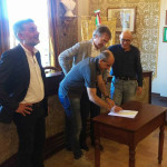 La firma dell'intesa sulla ex RSA di Ostra Vetere