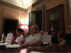 Proteste in Consiglio comunale ad Ostra
