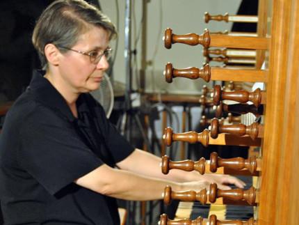 l'organista Giulia Biagetti