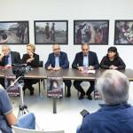 """I relatori all'inaugurazione della mostra a Trecastelli """"Un Passo Verso la Rinascita"""" sugli scatti delle ragazze yazide nel campo profughi di Khanke"""