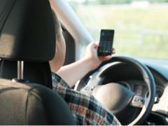 Telefoni cellulari alla guida
