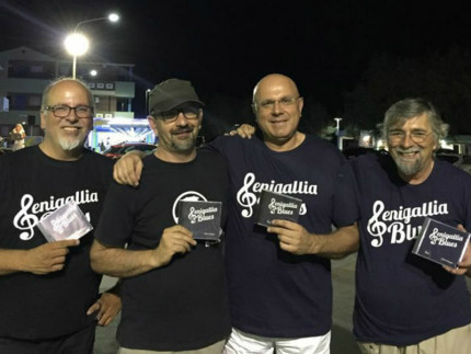 "Senigallia Blues Band"", a Gent'd' S'nigaja"