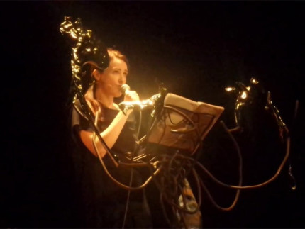 Anita Caprioli in La storia di Antigone