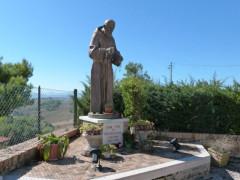 Statua di San Pio da Pietrelcina