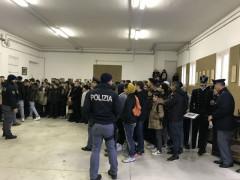 Visita studenti polo Polizia via Sanzio