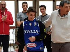 Pallacanestro: maglia della Nazionale a Thomas Renzi