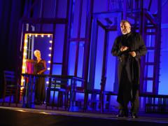 "Gaia De Laurentiis e Ugo Dighero al Teatro La Fenice con ""Alle 5 da me"""
