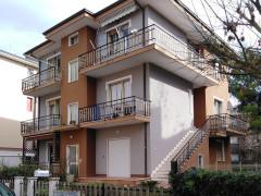 Appartamento in via Bramante a Senigallia proposto in vendita da Levante Immobiliare - Esterno palazzina