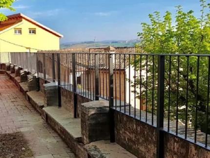 Ringhiera posta in sostituzione del Murello a Corinaldo