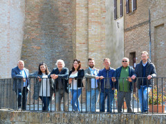 Sindaco di Barbara Riccardo Paqualini con i consiglieri comunali, tutti di Viva Barbara Viva
