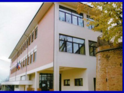 Scuola Foscolo, via Marconi ad Ostra Vetere