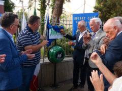 Il Rotary mette a disposizione della città 13 nuovi defibrillatori