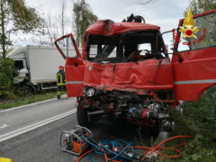 Incidente stradale tra due mezzi pesanti sulla strada Arceviese a Serra de' Conti