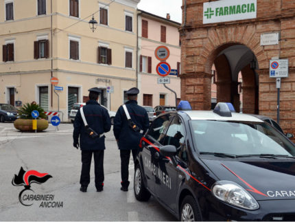 Carabinieri ad Ostra