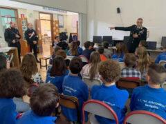 Incontro Carabinieri nelle scuole