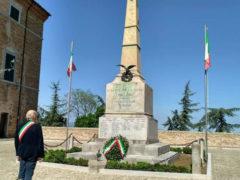 Monumento ai caduti Ostra Vetere