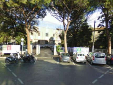 Il liceo scientifico E.Medi di Senigallia, in piazza E.Toti