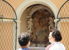 restaurata l'edicola della Madonna dell'Incoronata