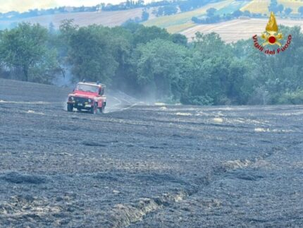 Incendio a Piticchio di Arcevia