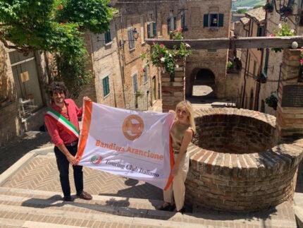 Bandiera Arancione Principi e Fabri